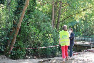 Camion-citerne renversé sur l'A83 et déversement d'hydrocarbures dans l'Orcerie : Christelle Scuotto s'est rendue sur place pour constater l'étendue de la pollution