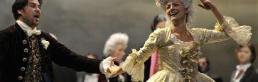 Exposition : l'histoire du costume f�minin � l'op�ra